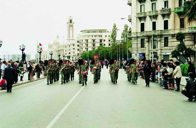 2001a  49°raduno-bari-2001